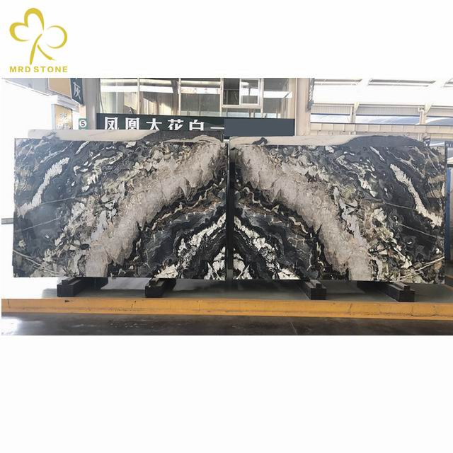 The mystery of natural onyx